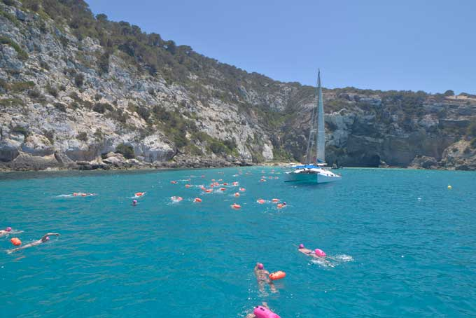 Vuelta a Formentera nadando contra la Fibrosis Quística
